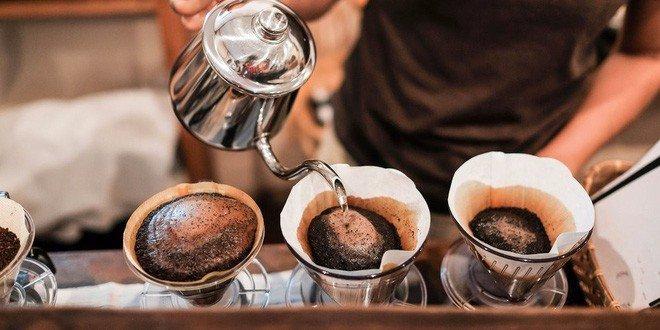 Uống cà phê chỉ là một sự bổ sung cho những yếu tố sức khỏe quan trọng đó mà thôi.