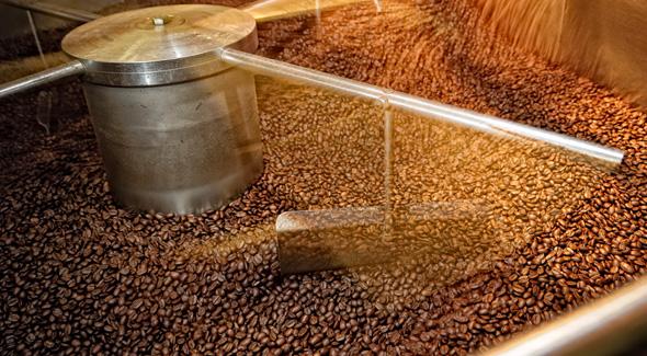 Quy trình rang xay cà phê hạt giá sỉ của 90S Coffee