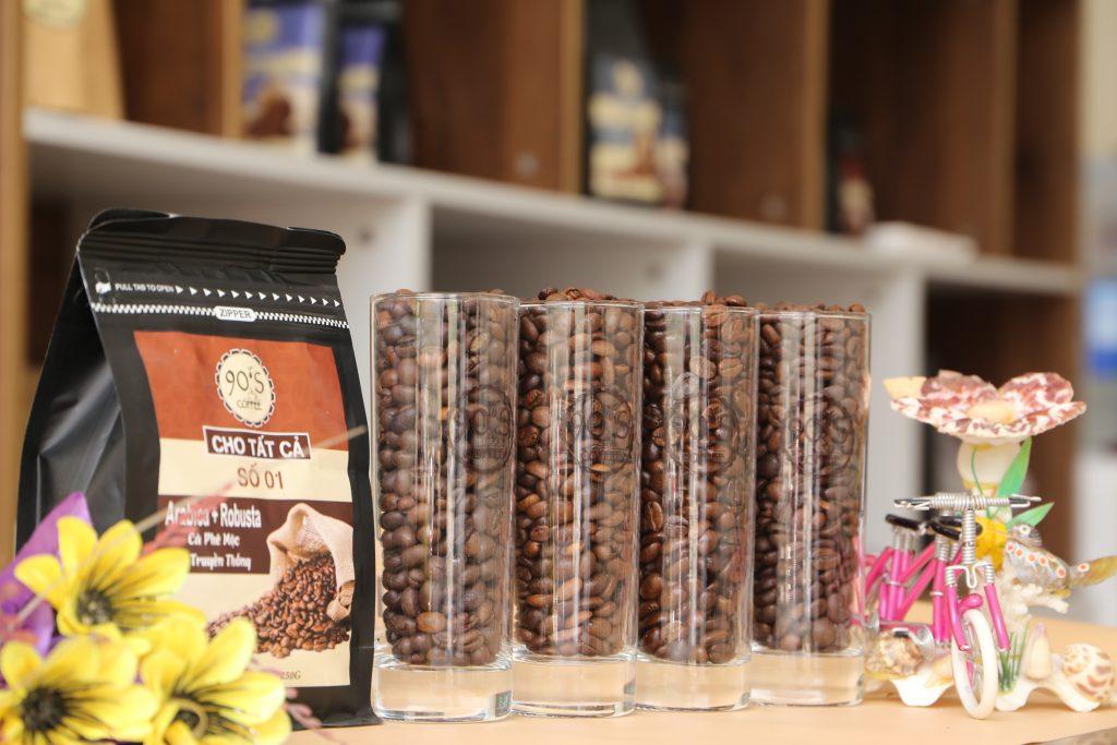 Ảnh cà phê nguyên chất được rang tại 90S coffee