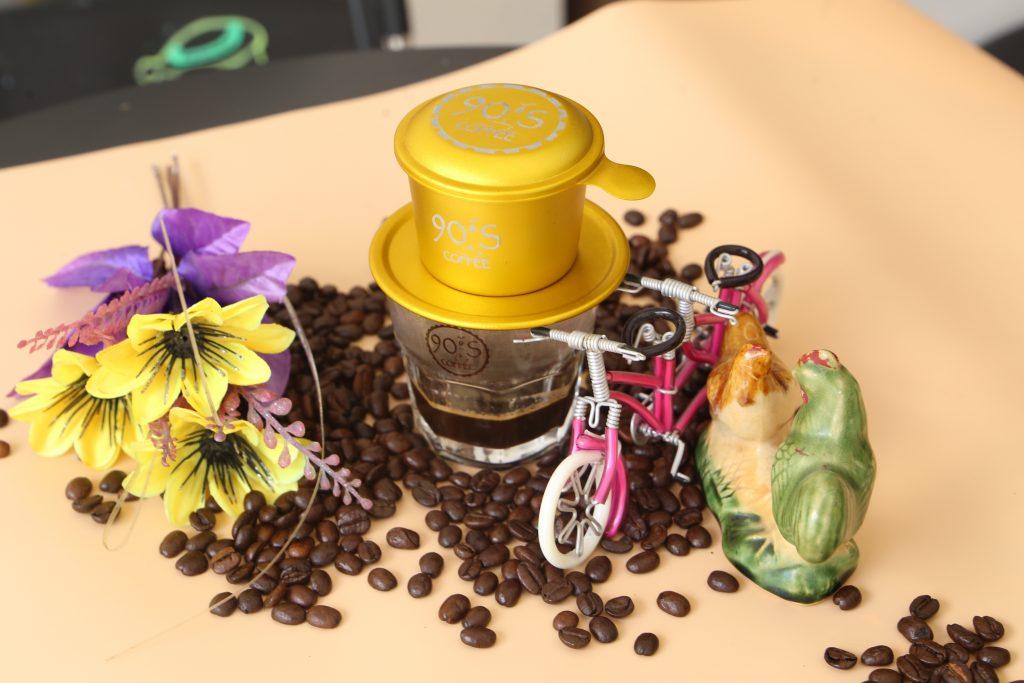 Cà phê nguyên chất khi pha sẽ có hiện tượng bột nở