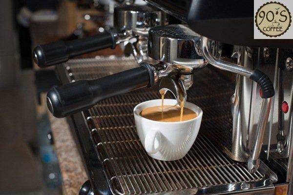 Bạn muốn sử dụng cà phê pha máy hay pha phin?