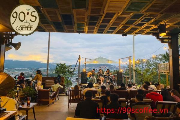 khong gian moc mac o quan cafe acoustic