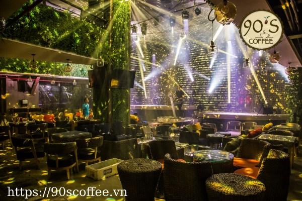 Trixie Cafe - Quan Cafe Bong Da