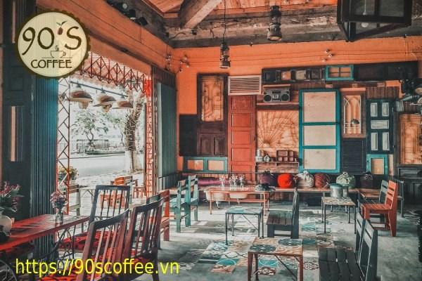 Trang tri quan cafe theo phong cach Vintage.