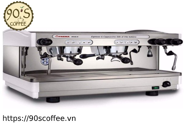May pha cafe Faema Enova A2.
