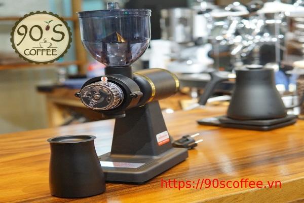 coc dung cafe cua may akira m520a duoc lam tư thep khong gi