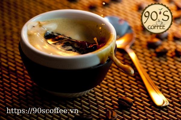 Phan biet cafe that gia qua huong thom va mui vi