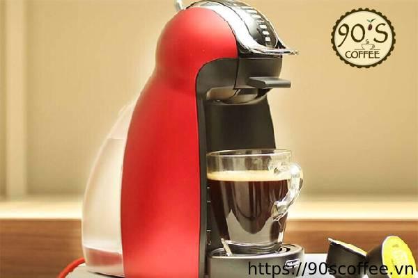 May pha ca phe Nescafe GeNio 2