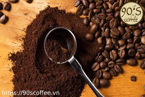Bột cà phê nguyên chất có khối lượng tịnh nhỏ hơn so với các loại ngũ cốc
